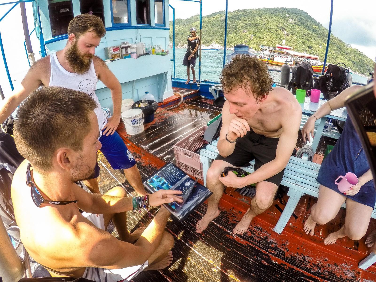 Roctopus Dive Koh Tao, Scuba Diving, Thailand