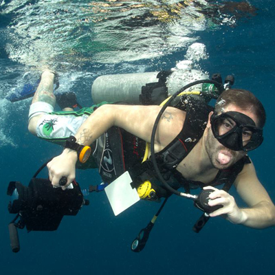 discover underwater videography